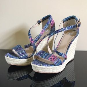 BP Patterned Wedges